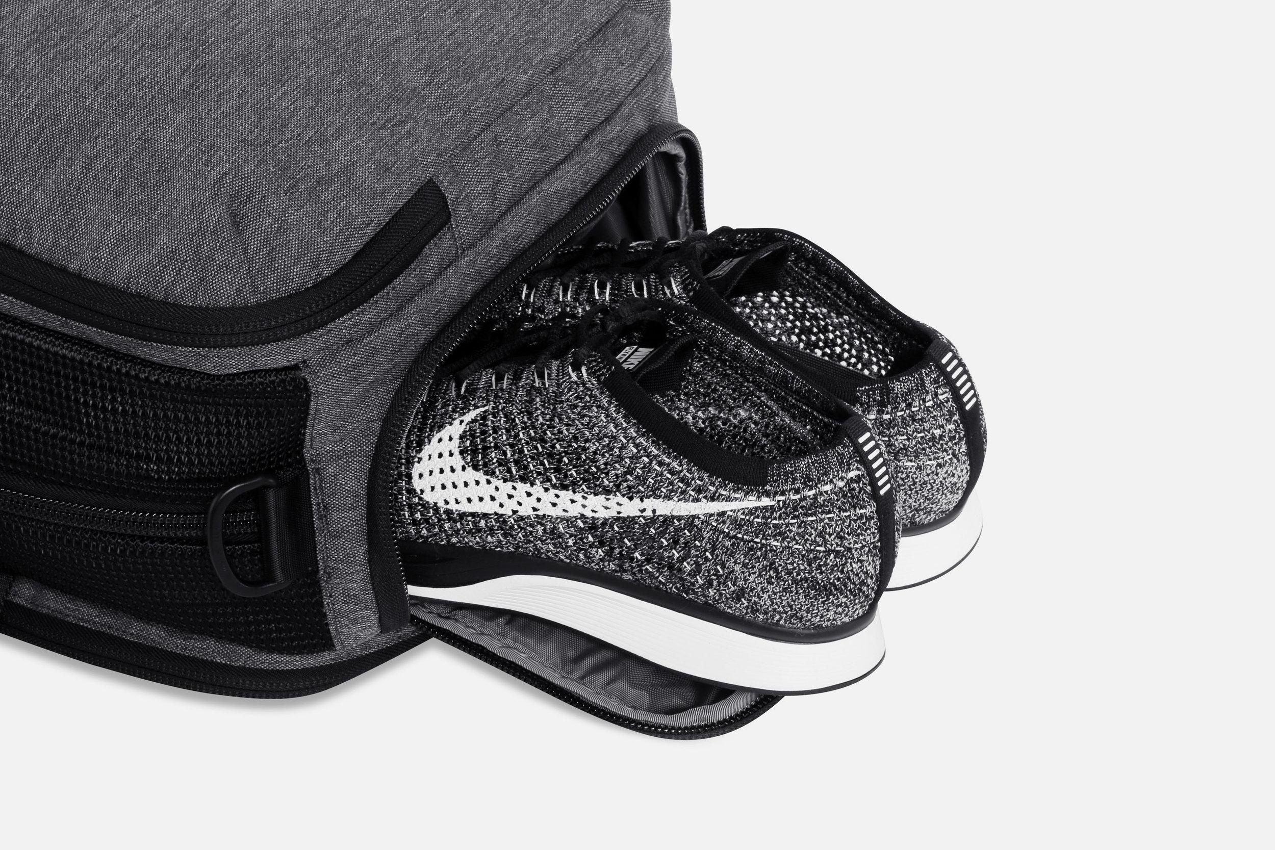 Aer Gym Duffel Shoe Pocket