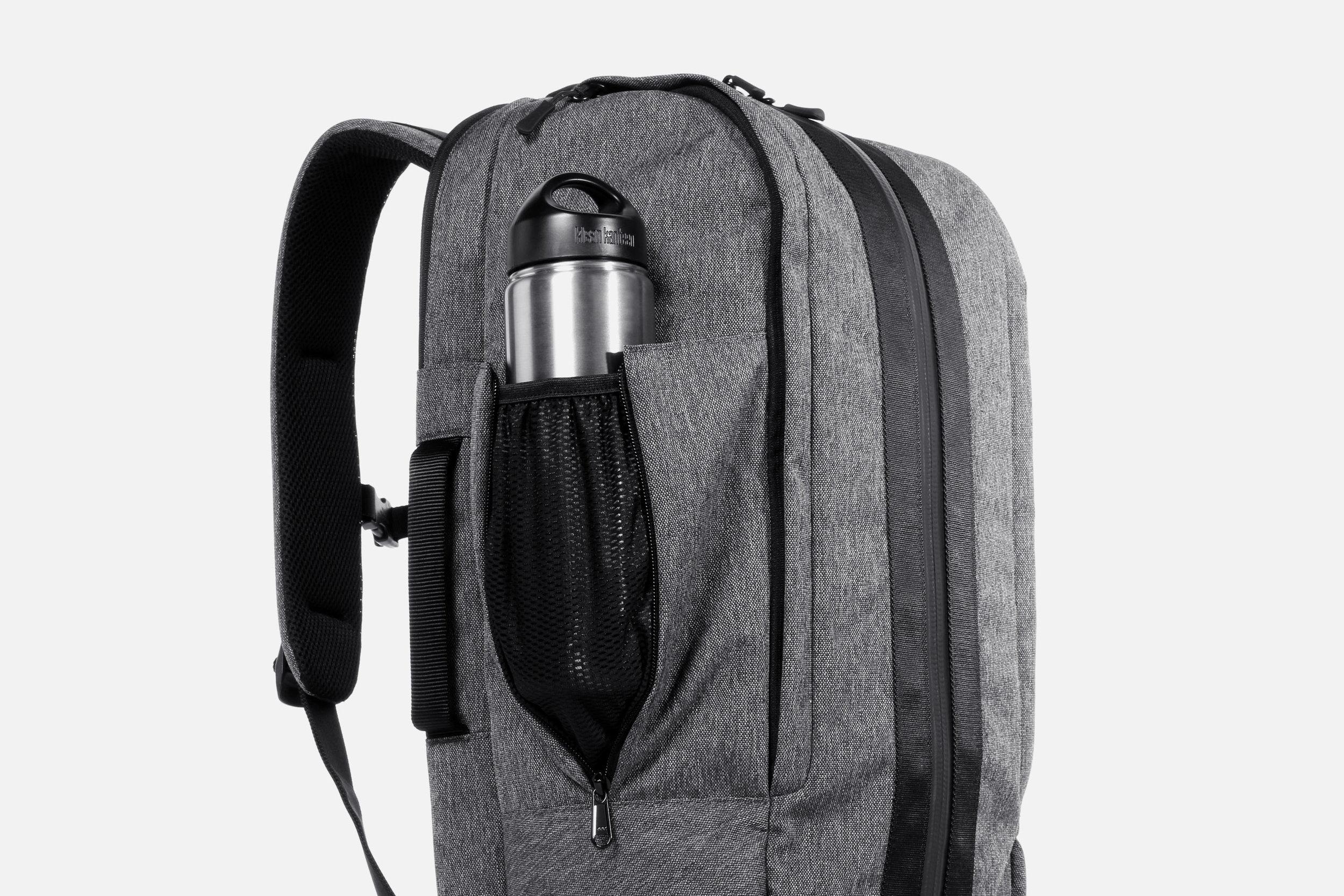 Aer Duffel Pack Gym/Work Pack Sport  Water Bottle Pocket