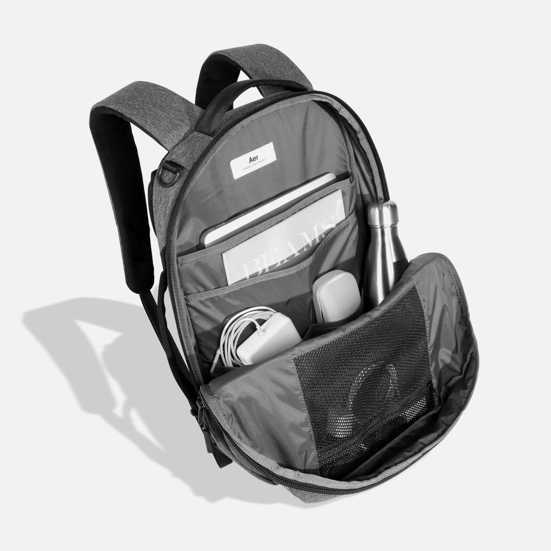 21002_fp_black_luggage.JPG