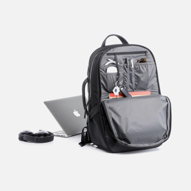 31002_techpack_black_desk.JPG