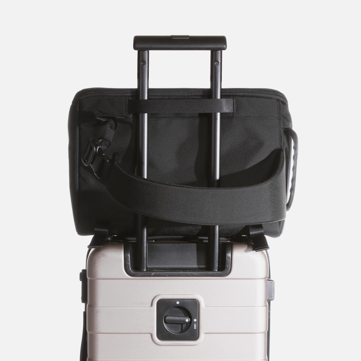 21005_ts_black_luggage.JPG