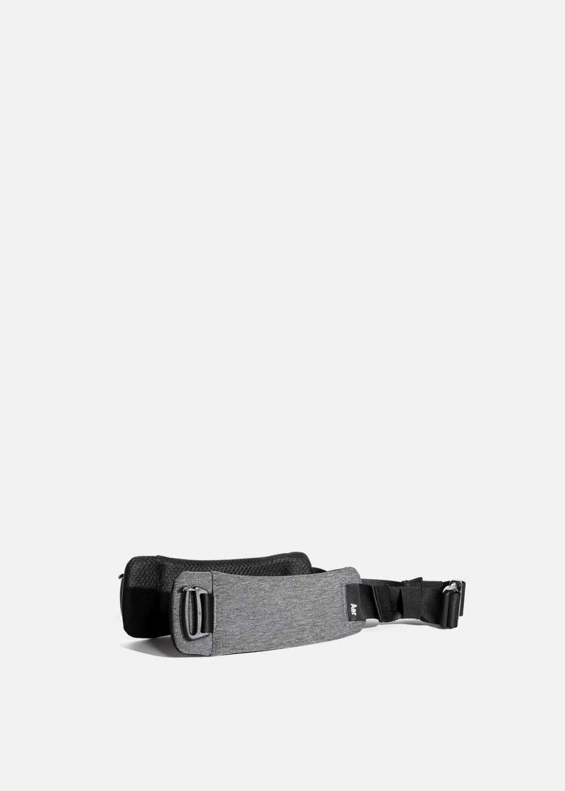 travel_aer_hipbelt_gray.JPG