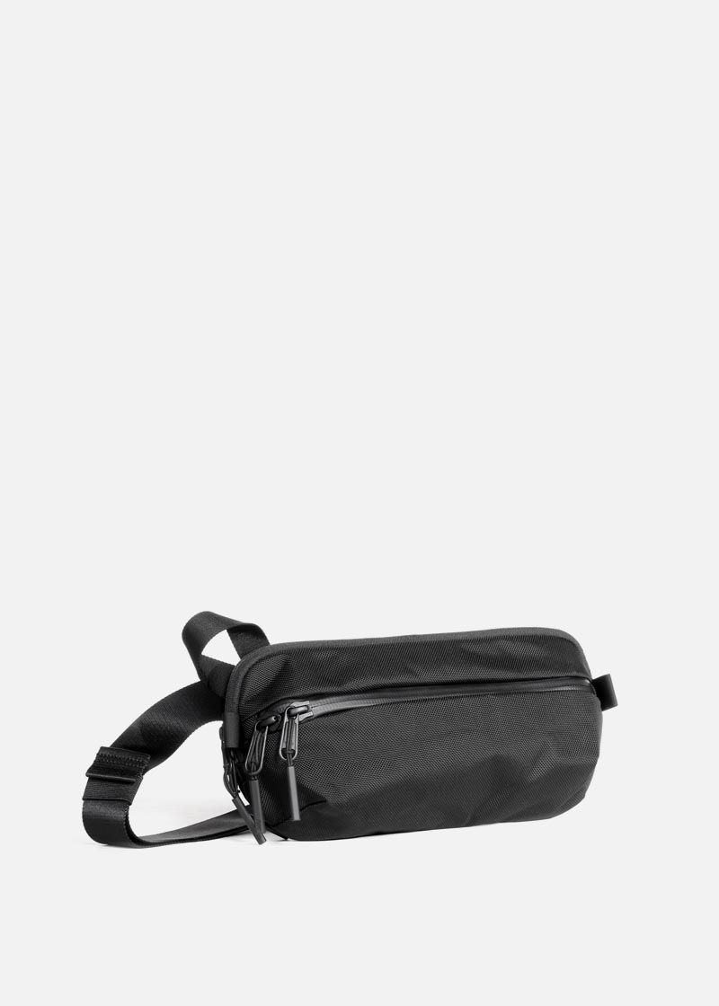 travel_aer_daysling2_black.JPG