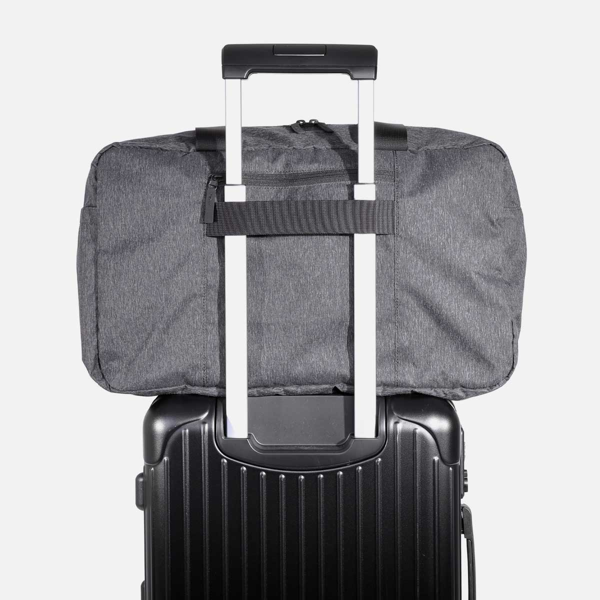 21015_goduffel_black_luggage.jpg