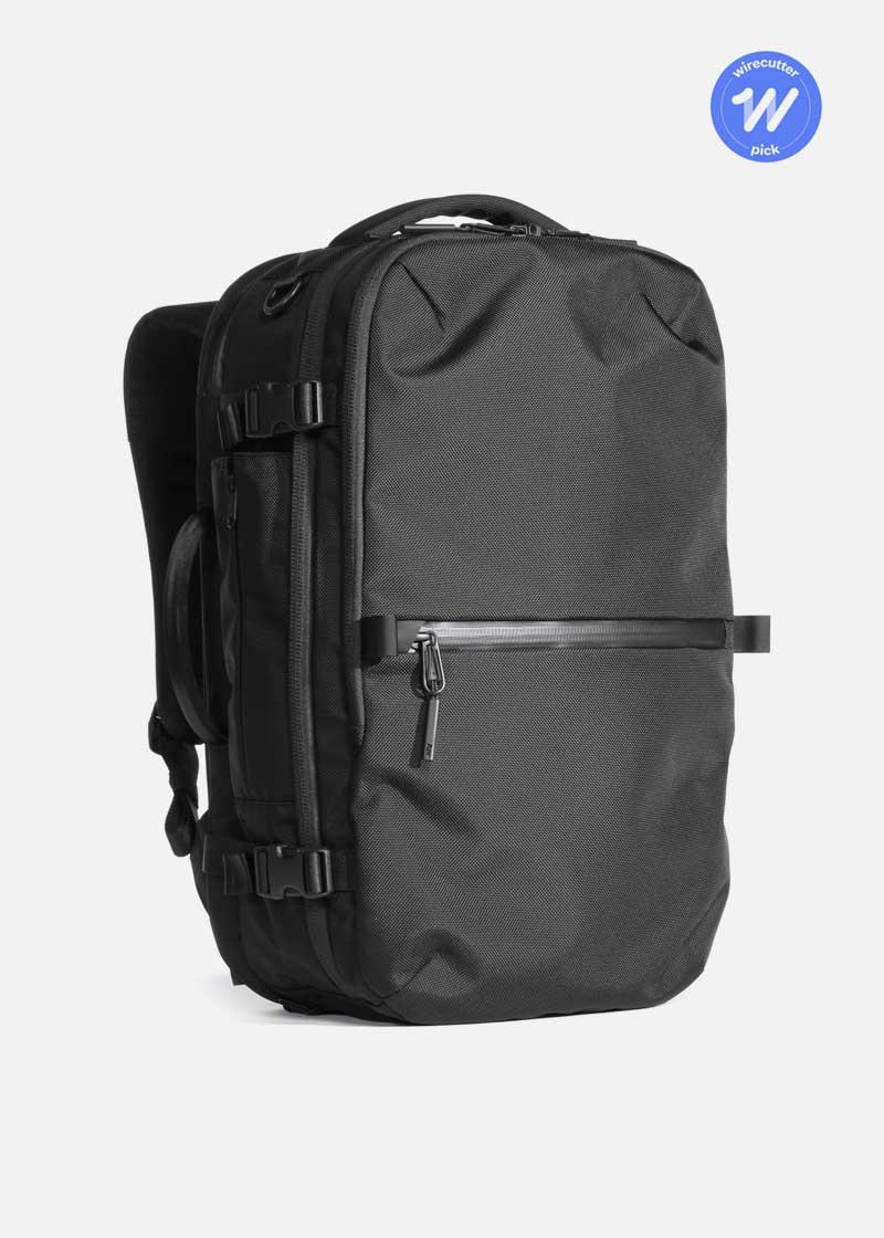 aer_travelpack2_black_award.jpg