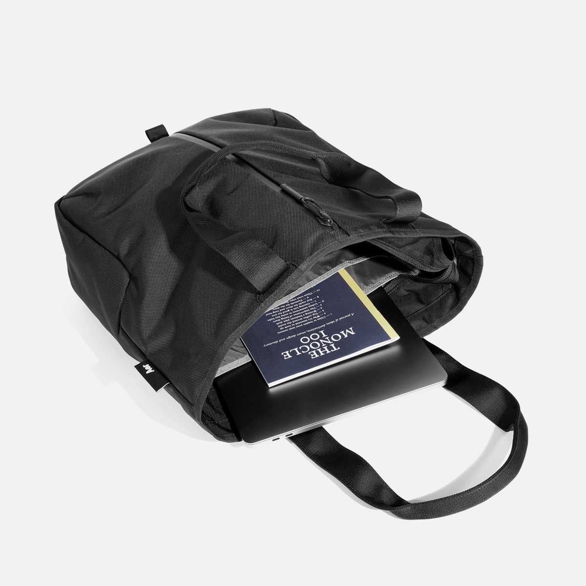 11008_gymtote_black_laptop.jpg