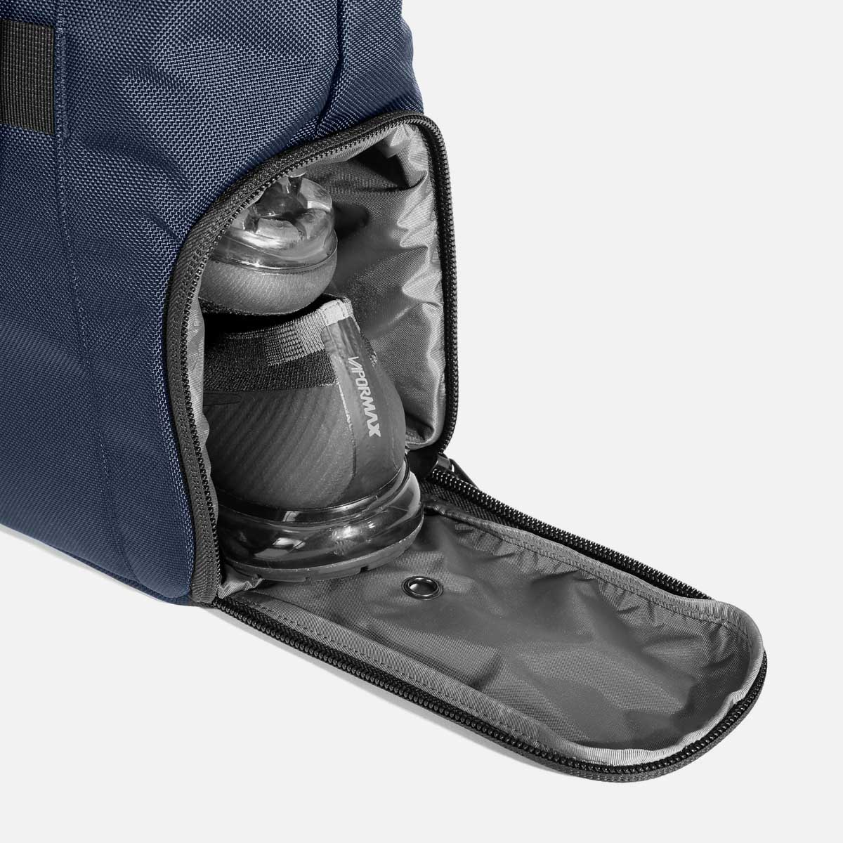 13008_gymtote_navy_shoes.jpg