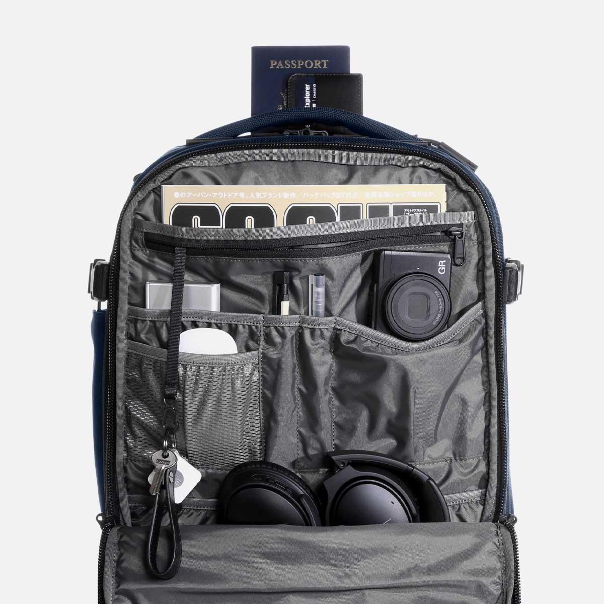23007_travelpack2_navy_frontorg.jpg