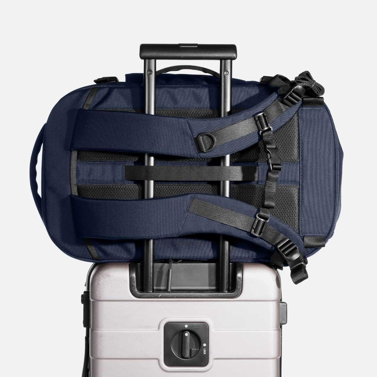 23007_travelpack2_navy_luggage.jpg