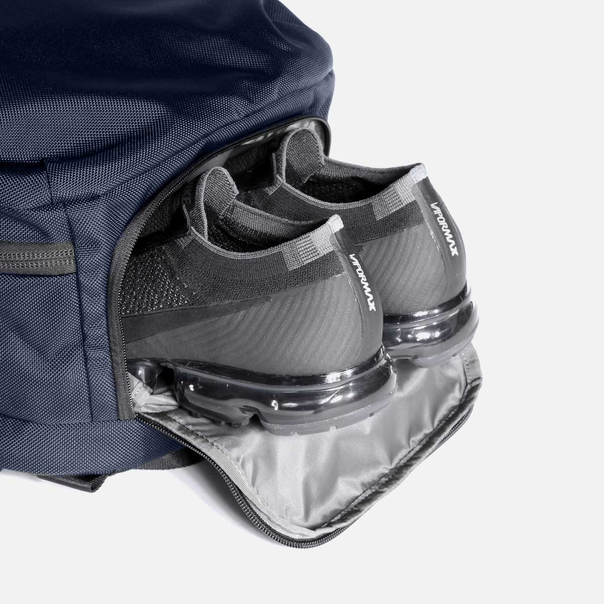 23007_travelpack2_navy_shoes.jpg