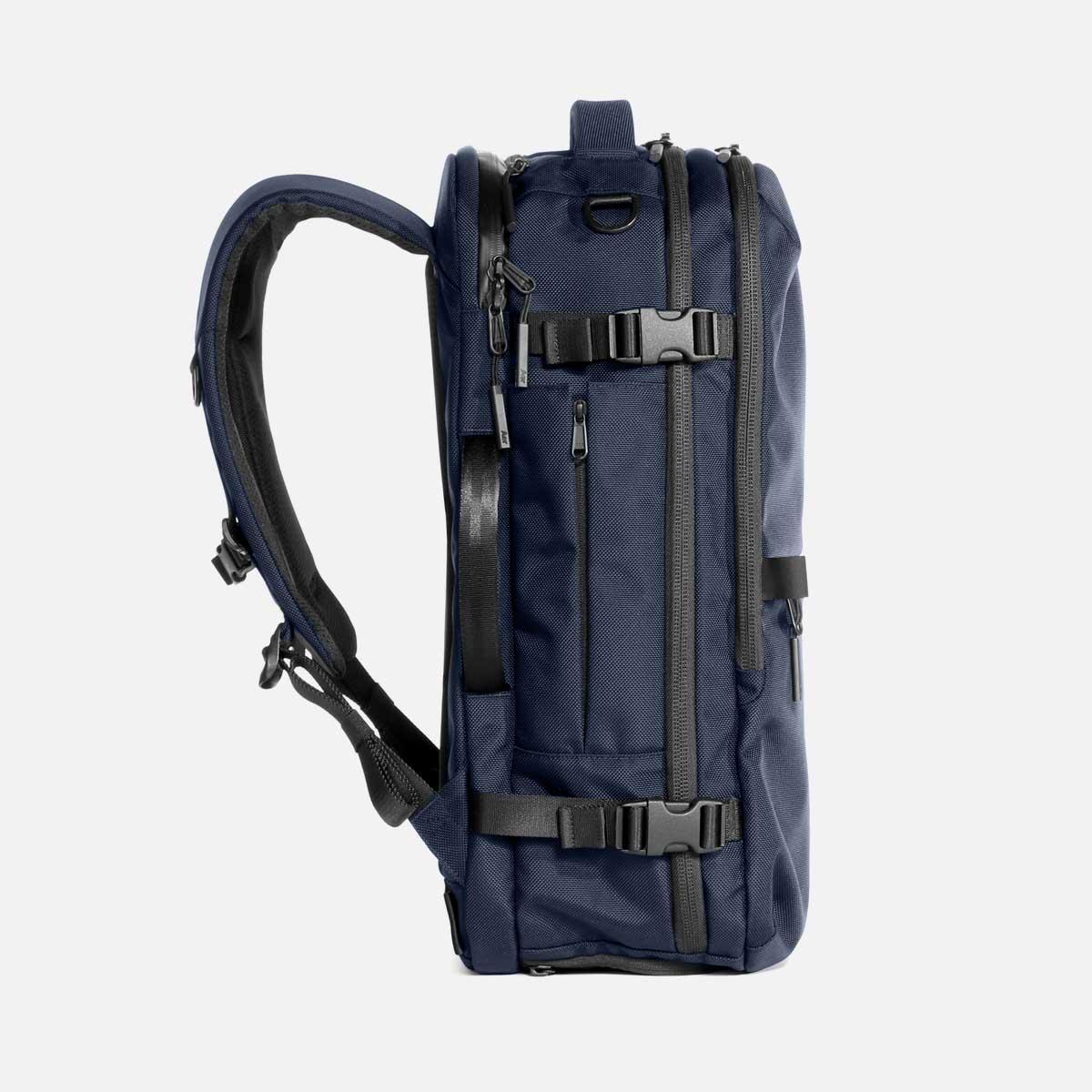 23007_travelpack2_navy_sideleft.jpg