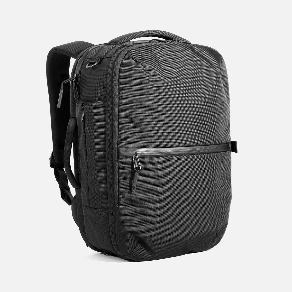 AER21022_travelpack2small_34hero.jpg