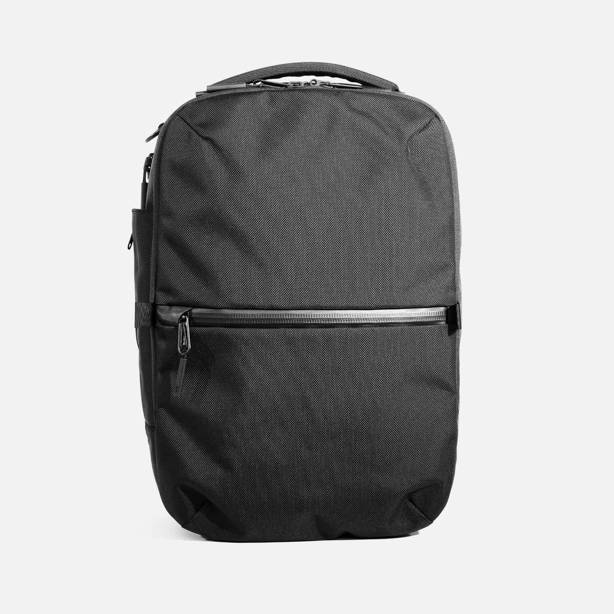 AER21022_travelpack2small_front.jpg