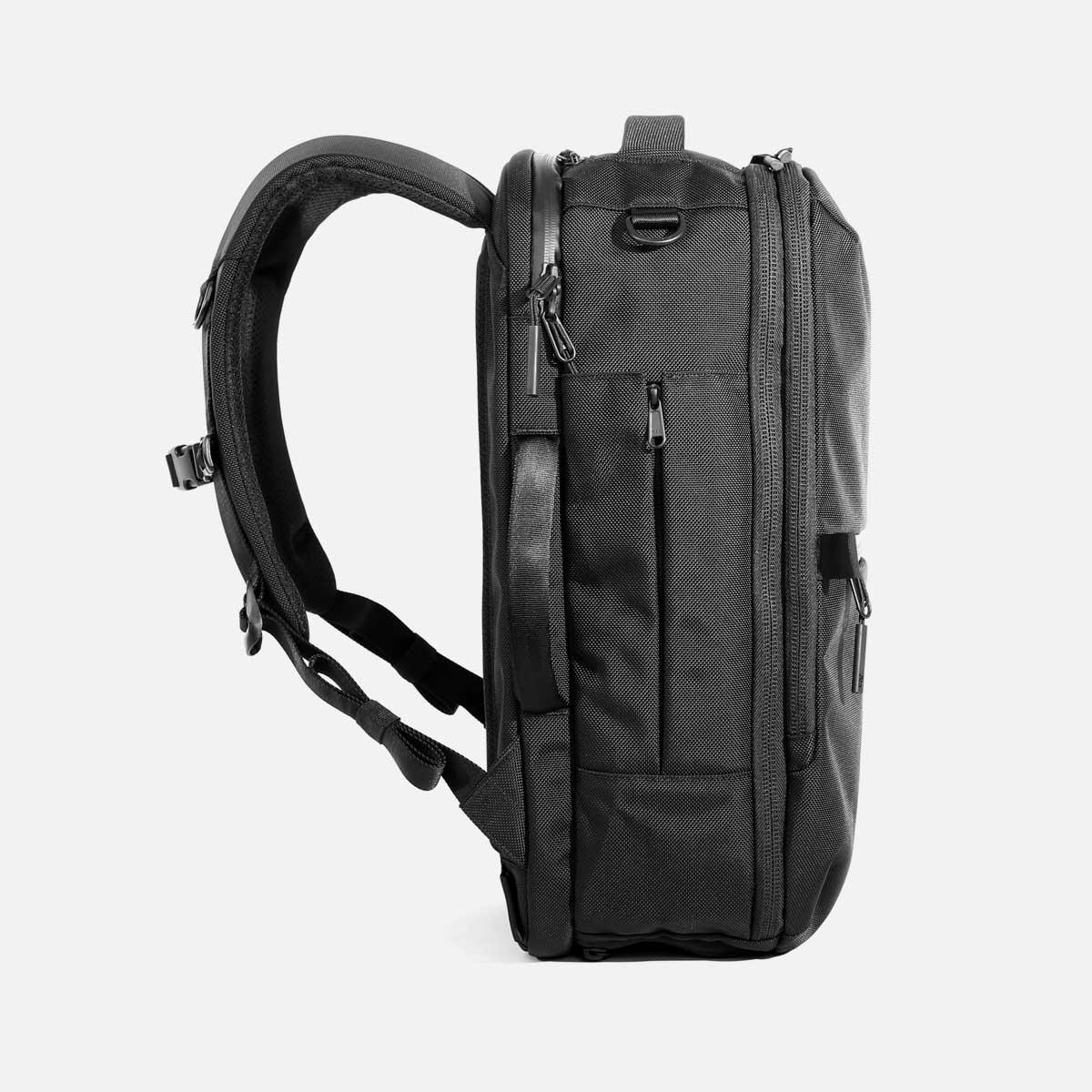 AER21022_travelpack2small_sideleft.jpg