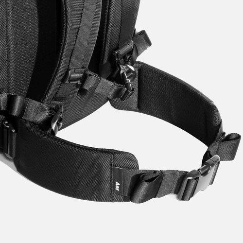 Hip belt for heavier loads (sold separately).