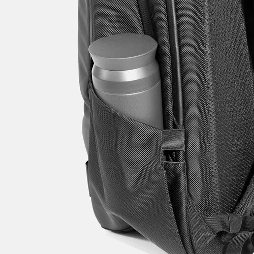 Expandable water bottle pocket.