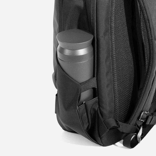 Expandable water bottle pocket.