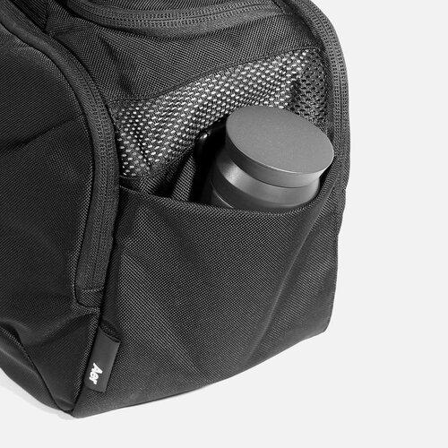 Exterior water bottle pocket.