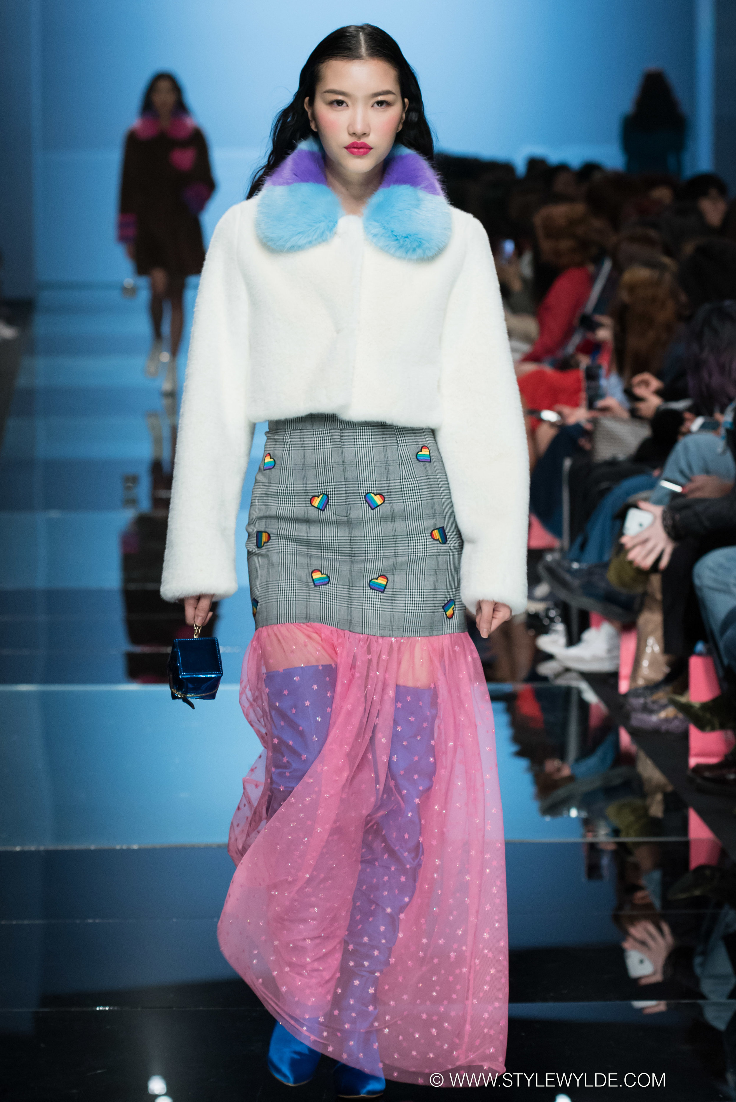CynthiaHopeAnderson-HeraSeoul FashionWeekAW18-Lang&Lu-24.jpg
