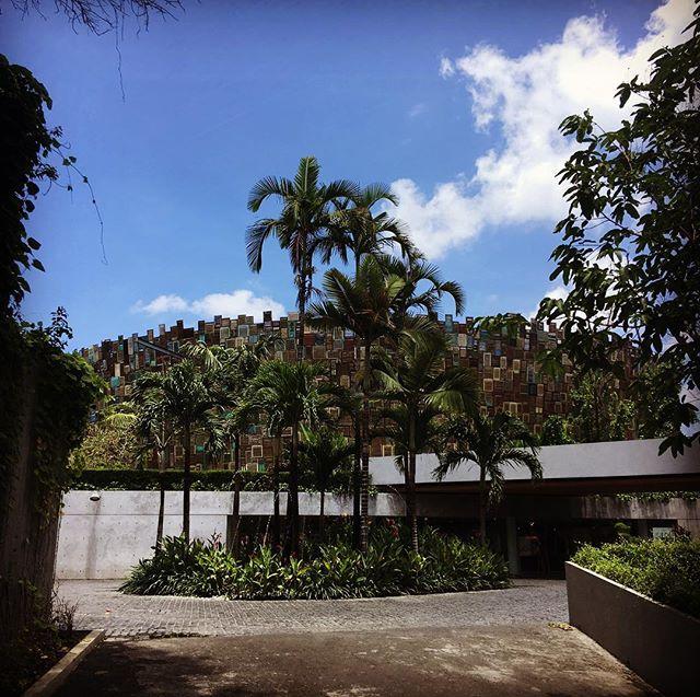 Wish I was spending my Friday here ... 😎😉😎😉😎😉 #bali #potatohead #traveldreaming #travelphotography #endlesssummer #fridaymood @drumgoodies