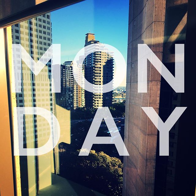 Good morning Sydney! #anothermonday #werk #travel