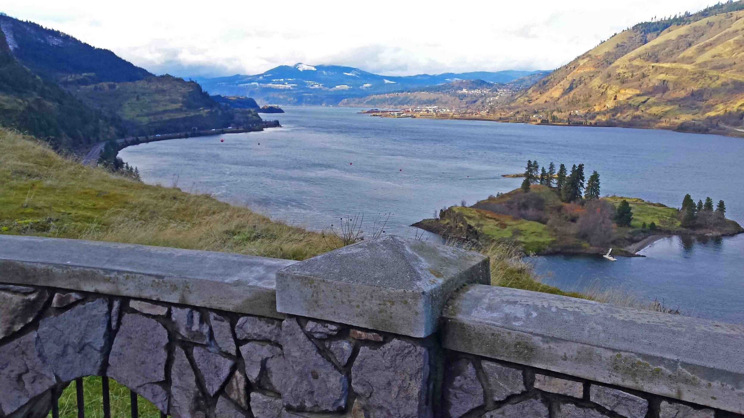 My Mosier. The Twin Tunnels trail looking west through the Columbia River Gorge.That's Chicken Charlie's Island on the right.  Photo: (c) Barb Ayers, DogDairy.org