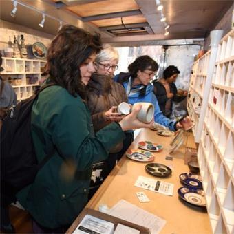 InsideTruck_Shopping.jpg