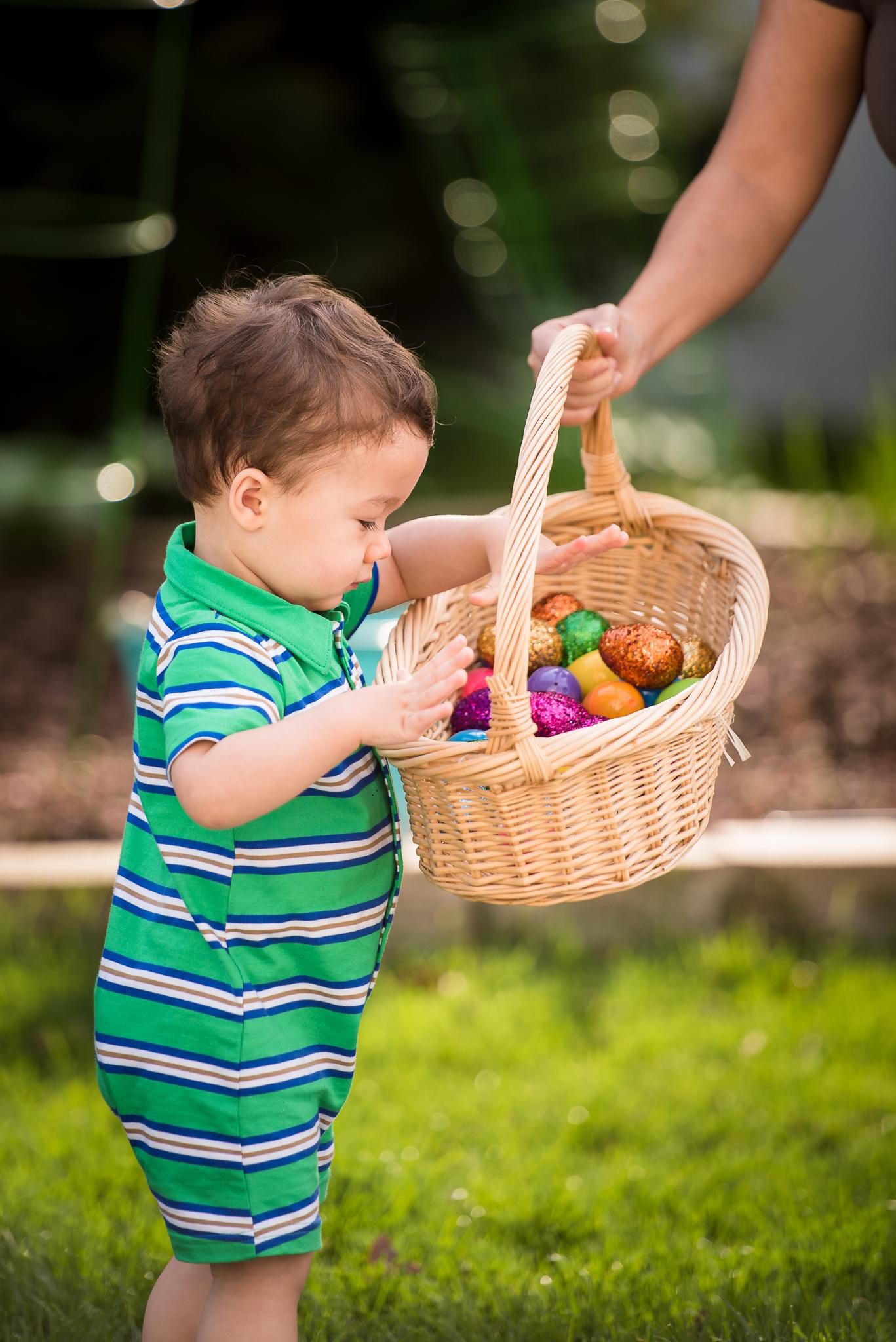 Liam Easter Egg Hunt (10 of 19).jpg