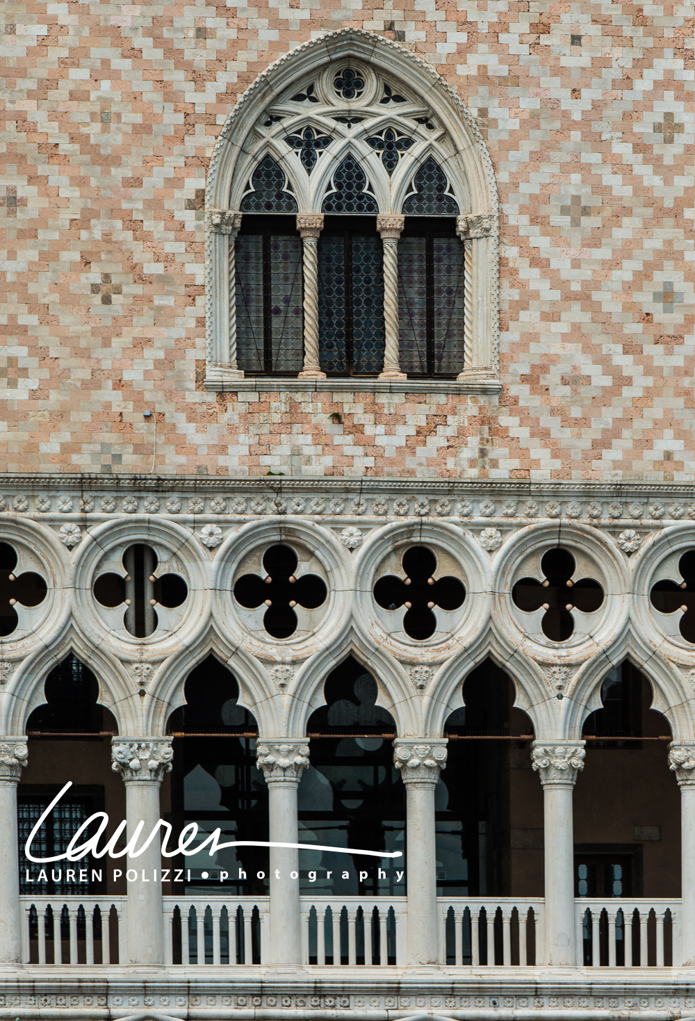 Venice-1085 copy.jpg