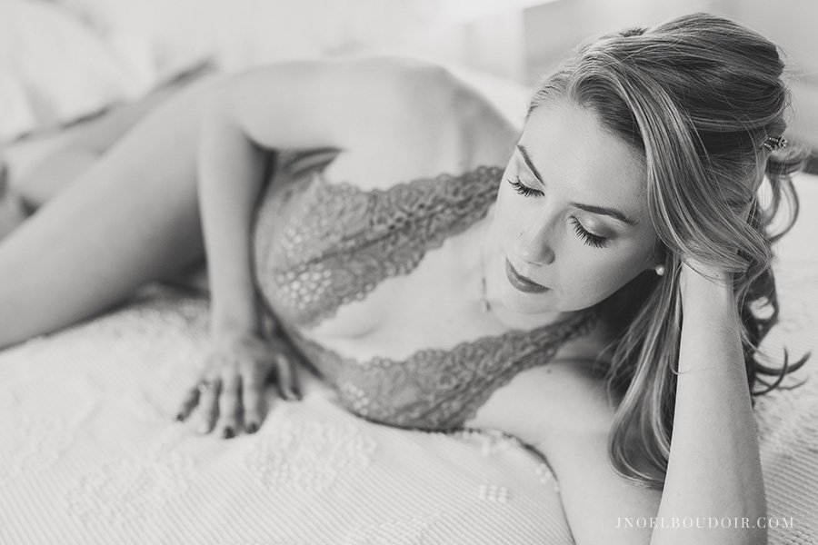 Austin Boudoir Photographer 14.jpg