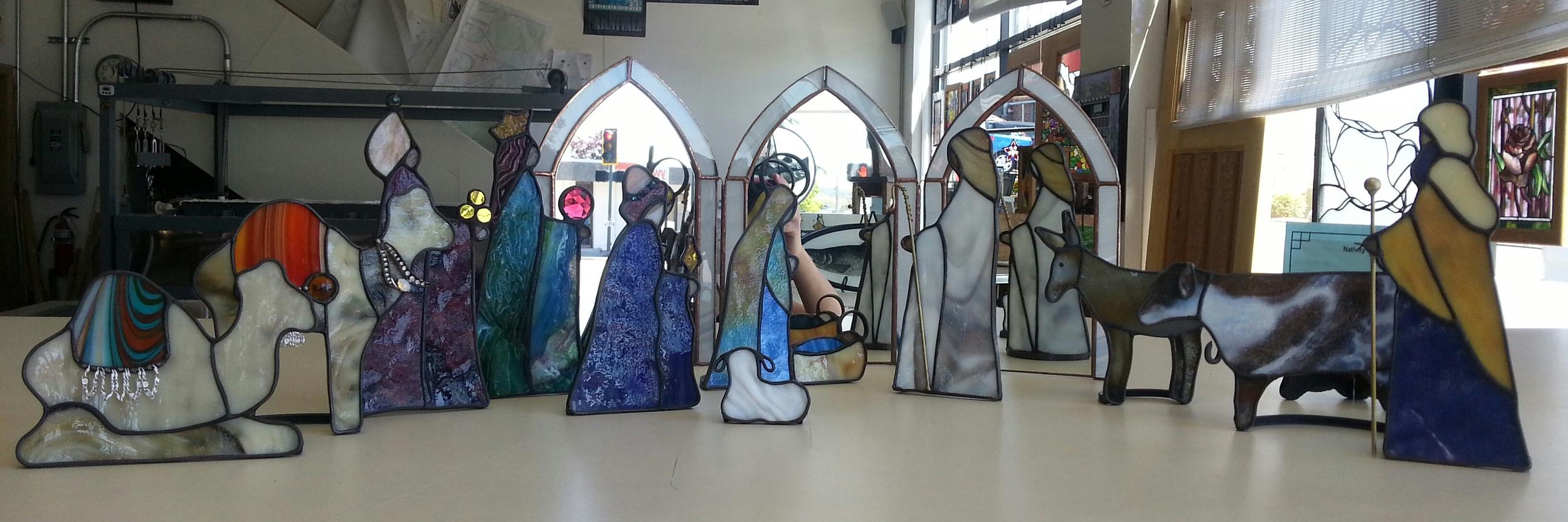 Heirloom Nativity all.jpg
