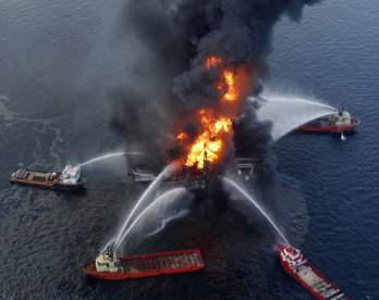 Deepwater Horizon oil rig ablaze