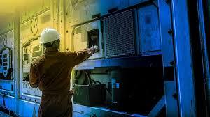 shiftworker-control-room