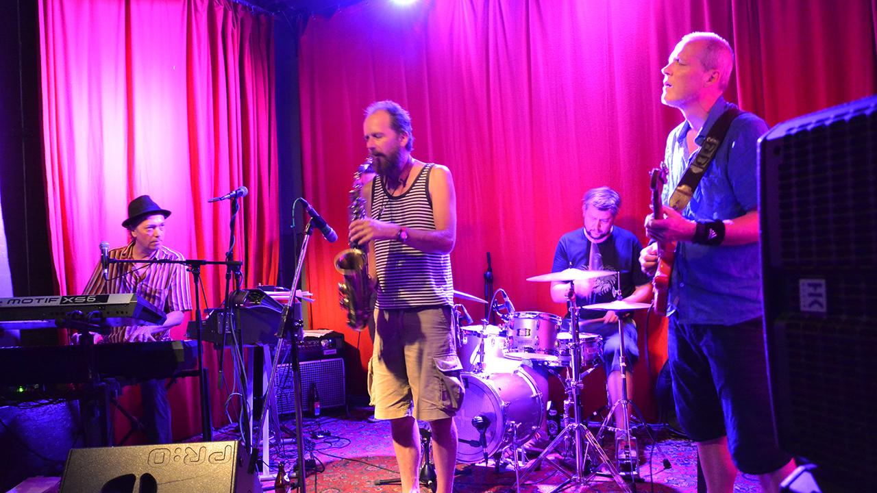 downtown-blues-band_fassbar_tollwood_muenchen.jpg