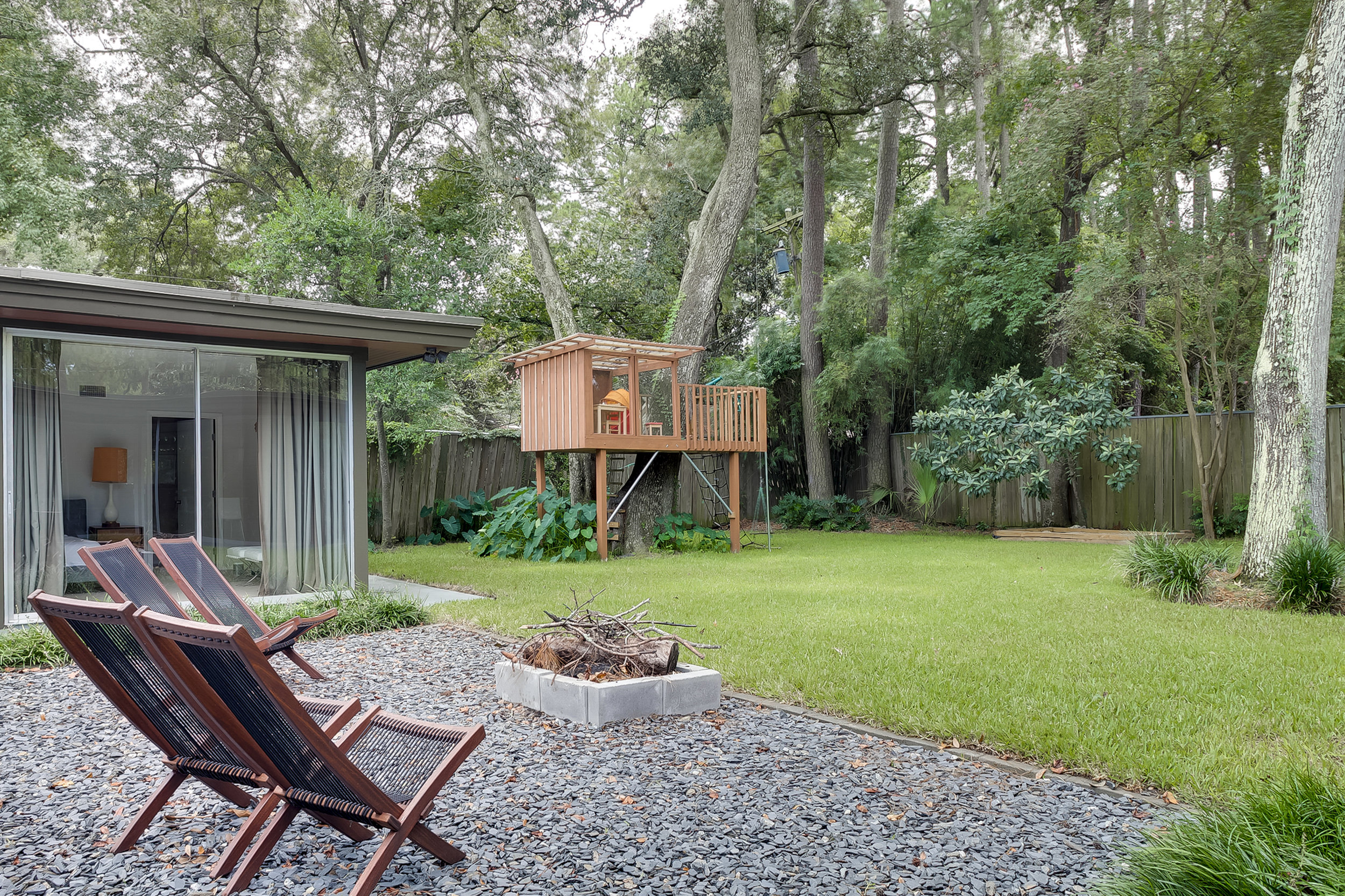 Savannah Mid-Century Modern (35 of 40).jpg