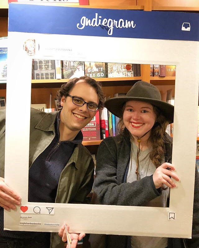 Tip 1: Find a Booknerd buddy to do the Challenge with you - Two Booknerds are Better Than One