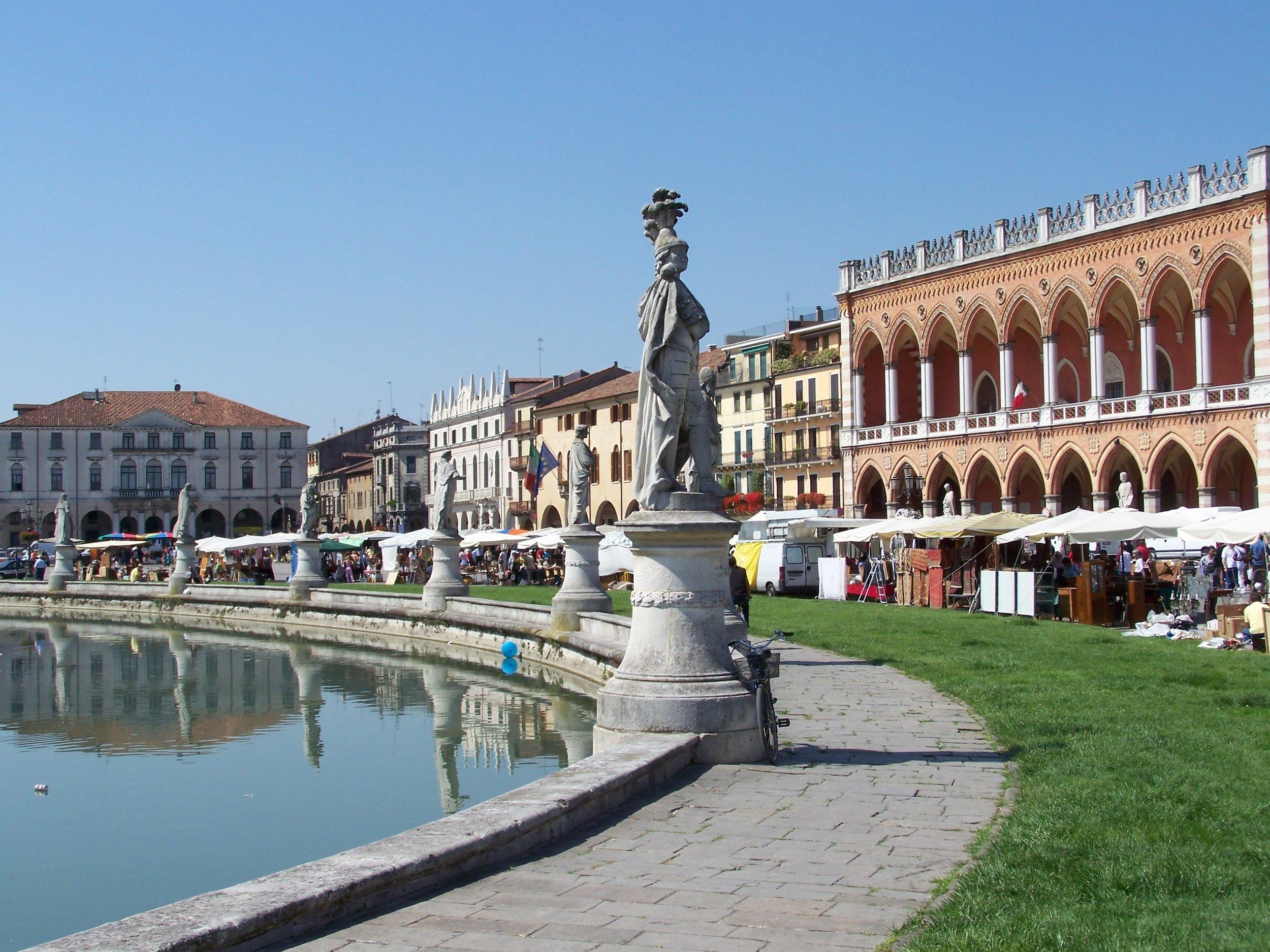 2880px-Padova_Prato.jpg