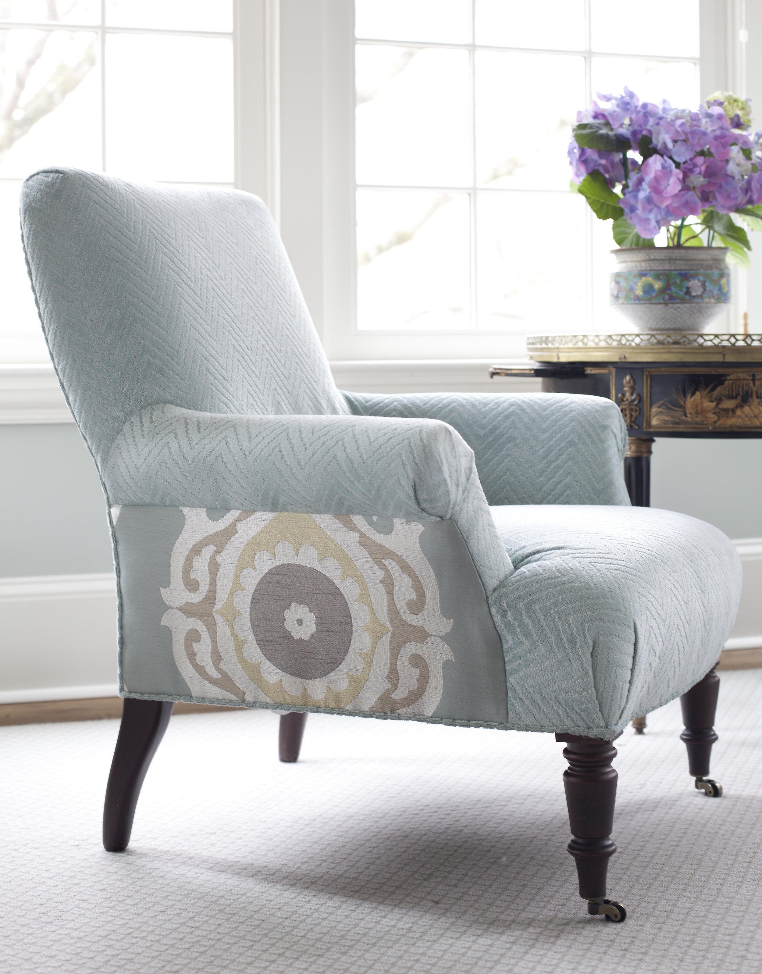 bedroom chair detail.jpg