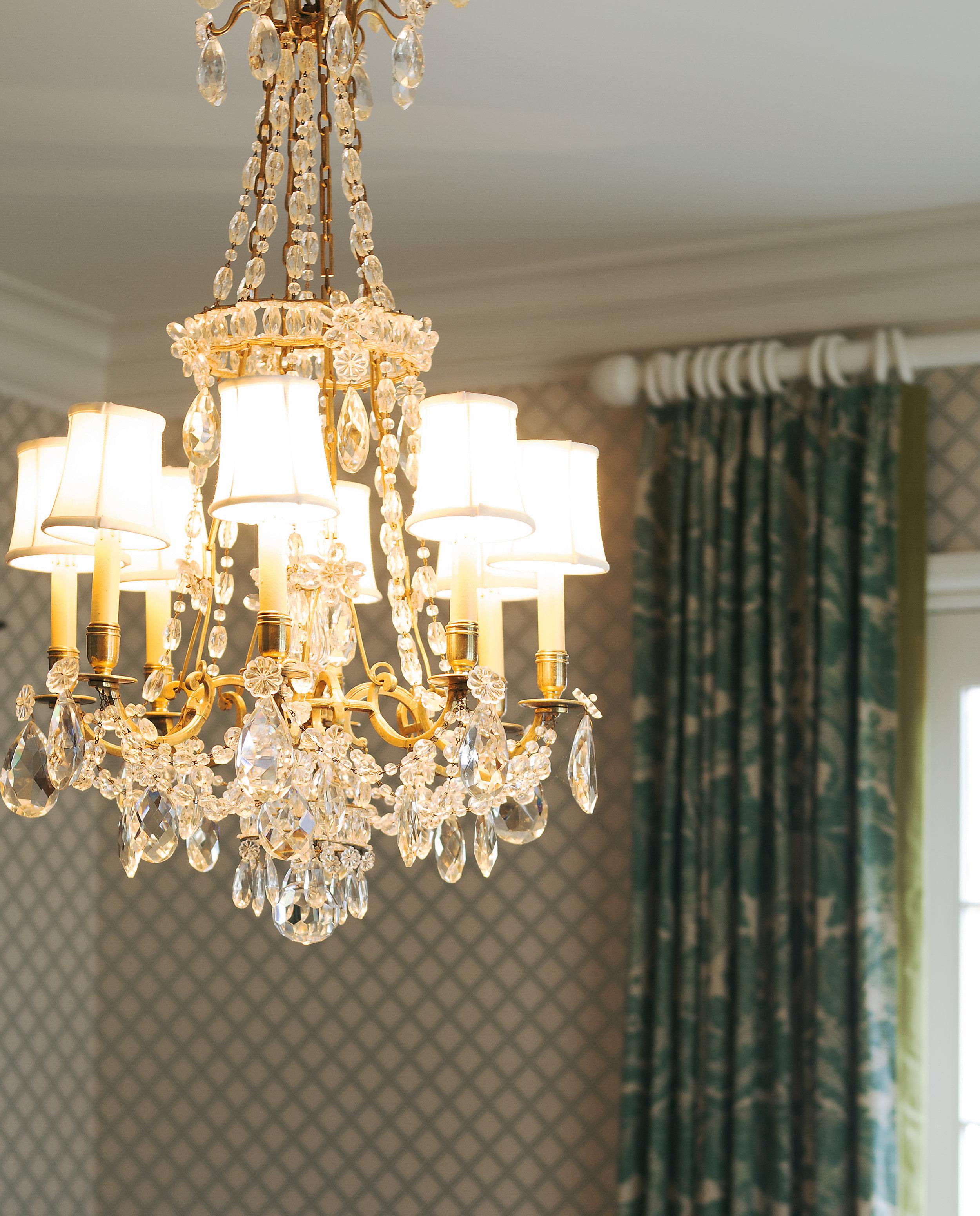 dining room chand drape.jpg