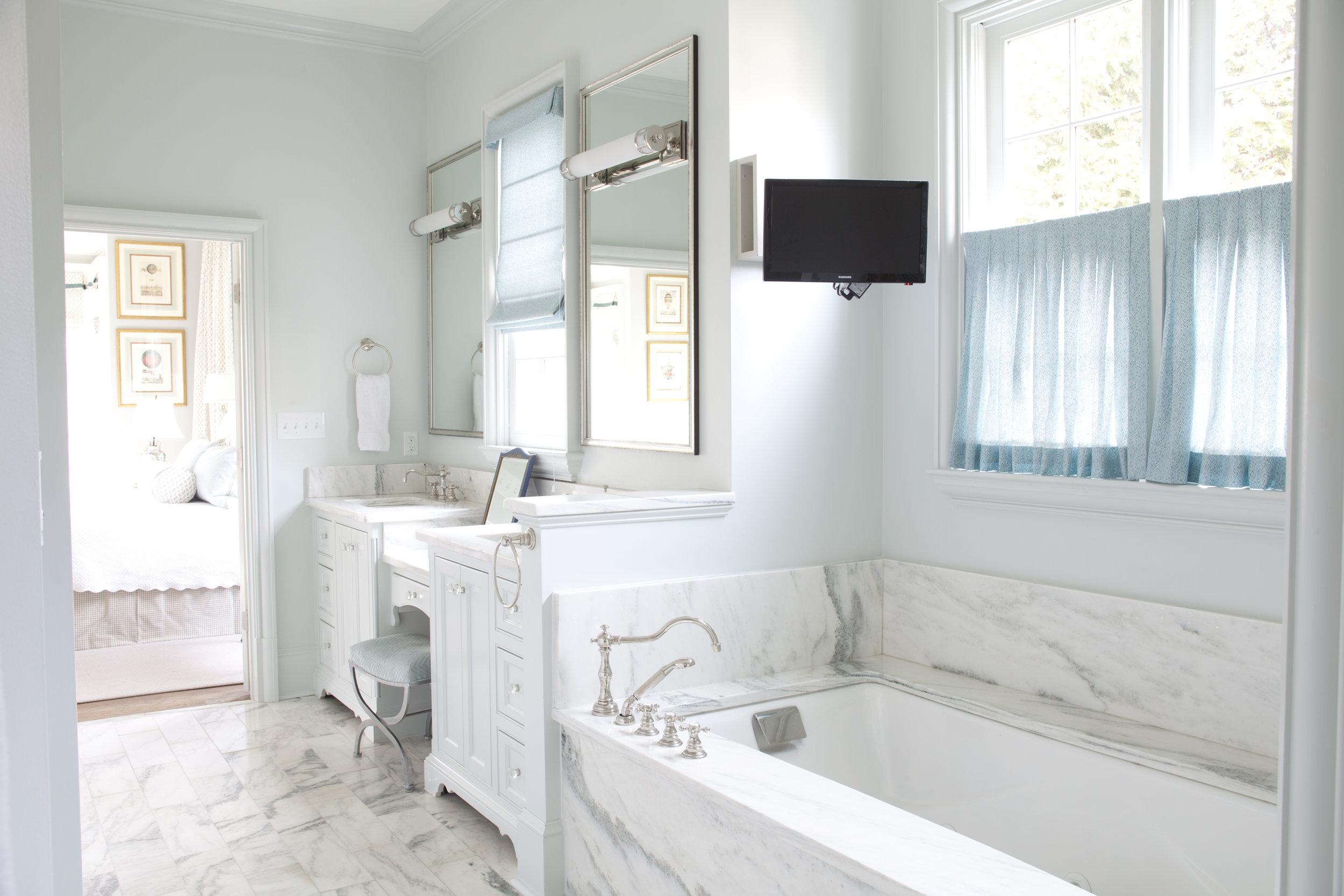 Bathroom-055.jpg
