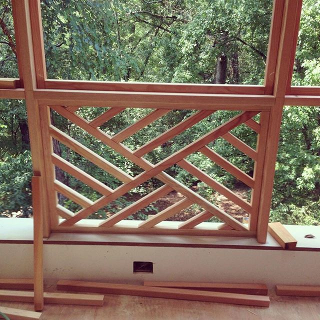 Sometimes even the screen porch benefits from detailed millwork design.  #porchdesigns  #porchproject #custommillworkanddesign  #fretwork  #chippendalestyle  #architecturaldesign #oudoorliving @athensbuildingco