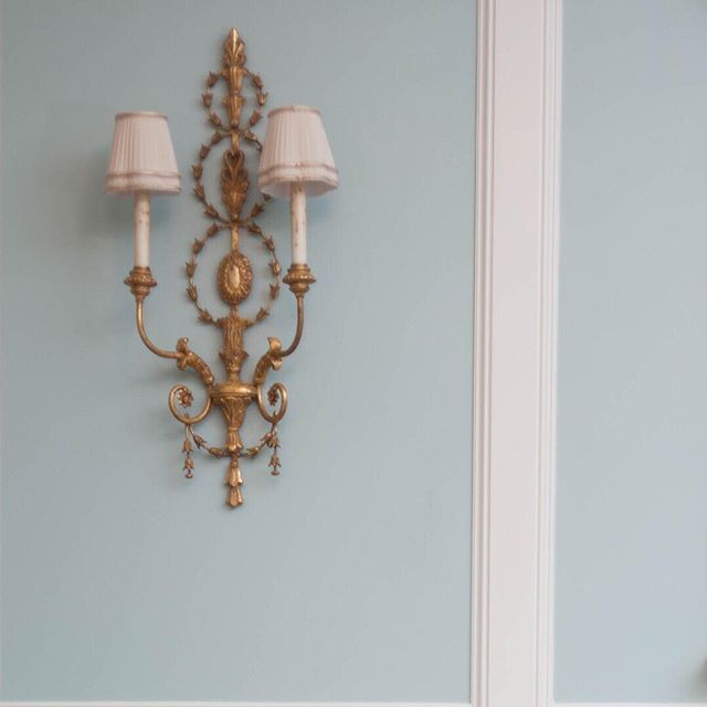 Exquisite antique French sconces we restored for a living room project with pleated shades accented with gold metallic tape.  The wall was transformed. #antiquelightingfixture  #antiquespecialist #ckstyleaccordingly #instaluxe #softcolor  #customdesign the_real_houses_of_ig #milieumoment #lisaellisdesign #athensgeorgia #interiordesign #designdetails  #bestoftheday