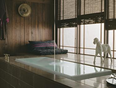 resize_kohler-sok-overflowing-bath-tub