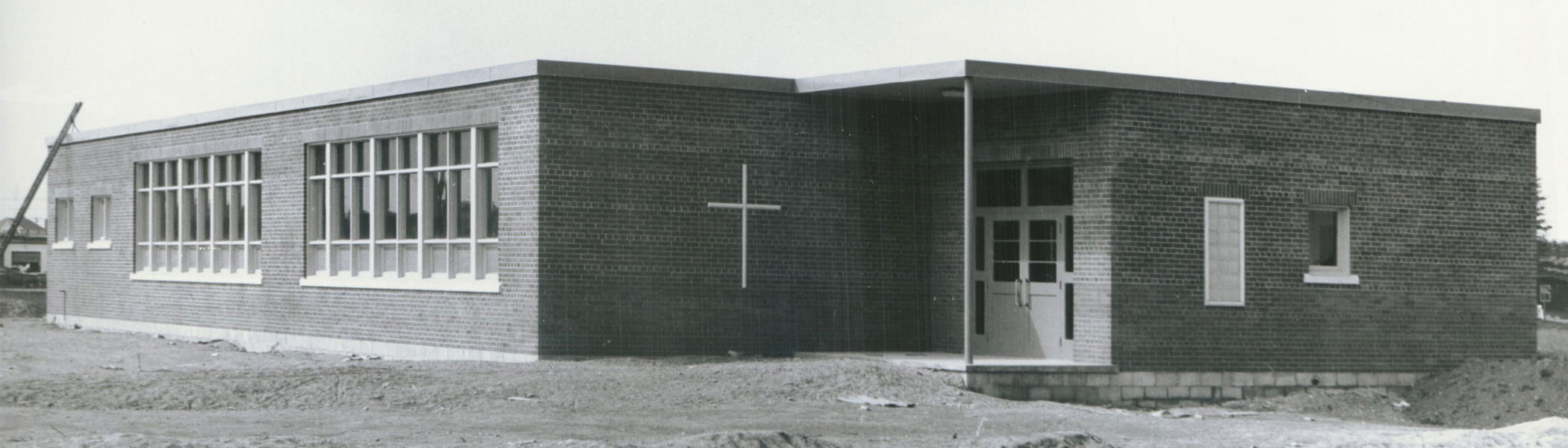 St. Pius X School on Wood St in 1954. The school built an addition in 1956 to double the number of classrooms. In 2012 the school was razed and rebuilt, opening in September 2013.  Image courtesy of the Brant Historical Society