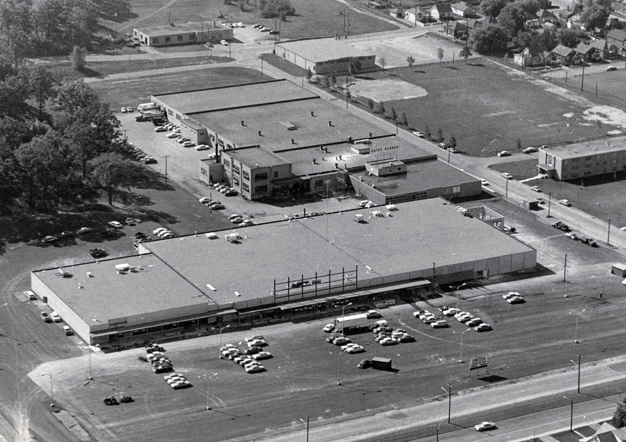 Clark's Discount Department Store and Discount Foods. Clark's would be renamed Gambles in 1968. Note the Gates Rubber factory behind Clark's. Star Bowling Lanes is at the top centre of the photo just above Iroquois Park.  Image courtesy of the Brant Historical Society