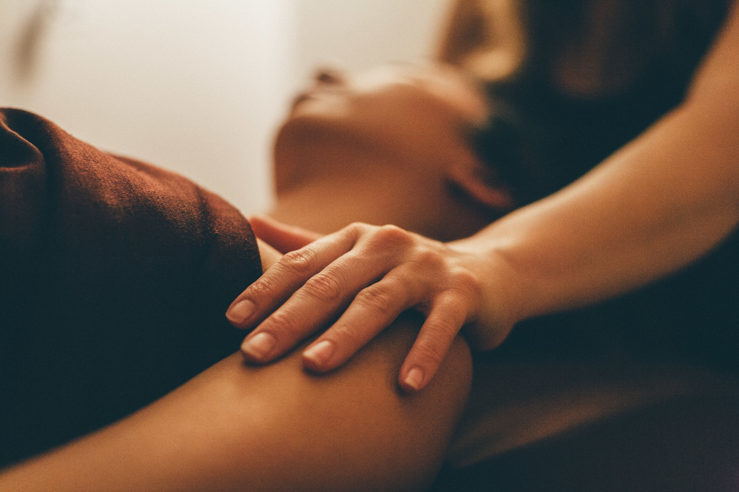 Zeel Massage on Demand - Your body deserves this. Book a same-day, in-home massage with the best licensed and vetted massage therapists.