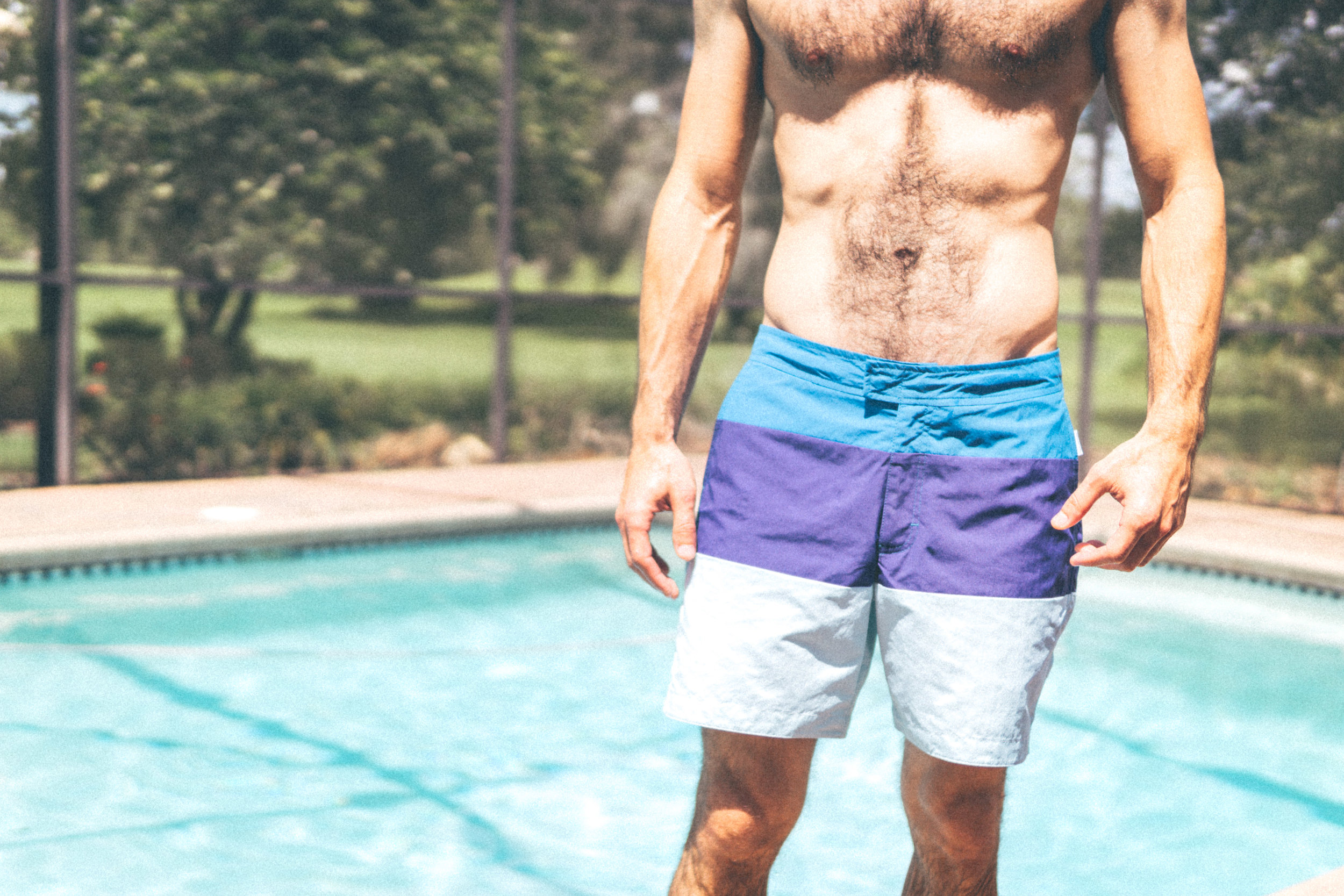 Aqua et Sol Men's Swimwear - Resort Collection - Features front snaps with zipper & inside drawstring, back pocket with magnetic closure & zipper, plus 100% Nylon UV-protected fabrication & fast-drying technology.