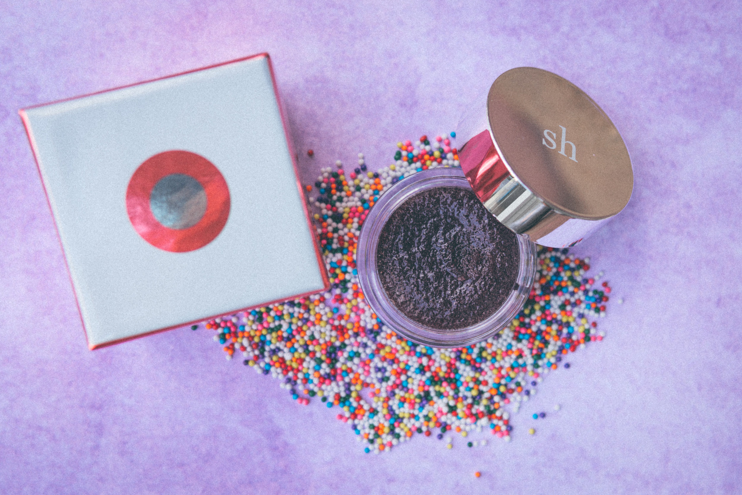 Sara Happ Sprinkles Red Velvet Lip Scrub - Rich, warm chocolate infused with hints of silky cream cheese combine to eliminate dry, flaky skin, immediately leaving lips soft &supple. I'm admittedly lazy when it comes to beauty, and while I used to forget to apply lip scrub, the chocolatey deliciousness of this is incredibly motivating.