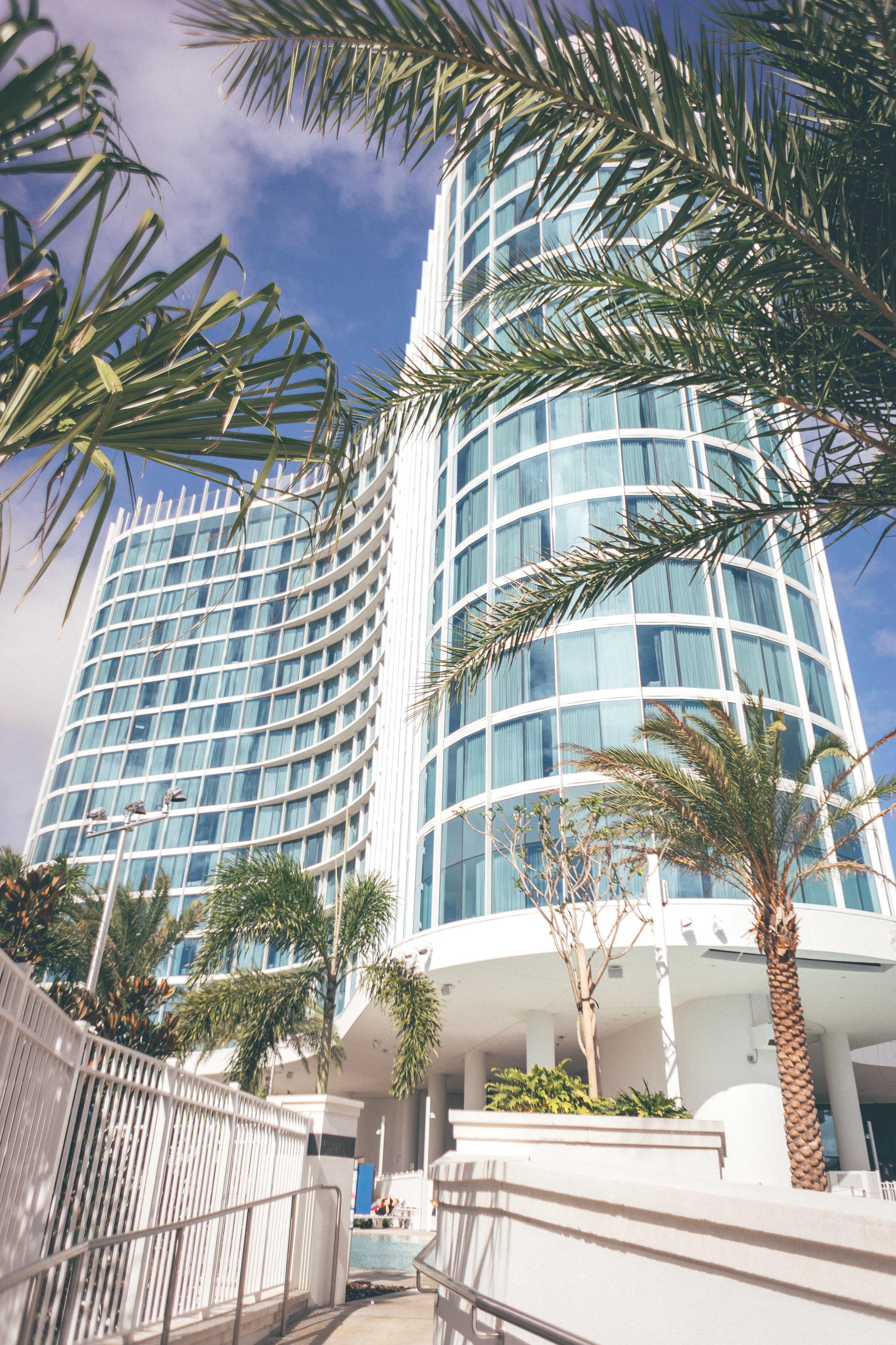 This Jenn Girl - Tampa Travel Blogger - Universal's Aventura Hotel 2