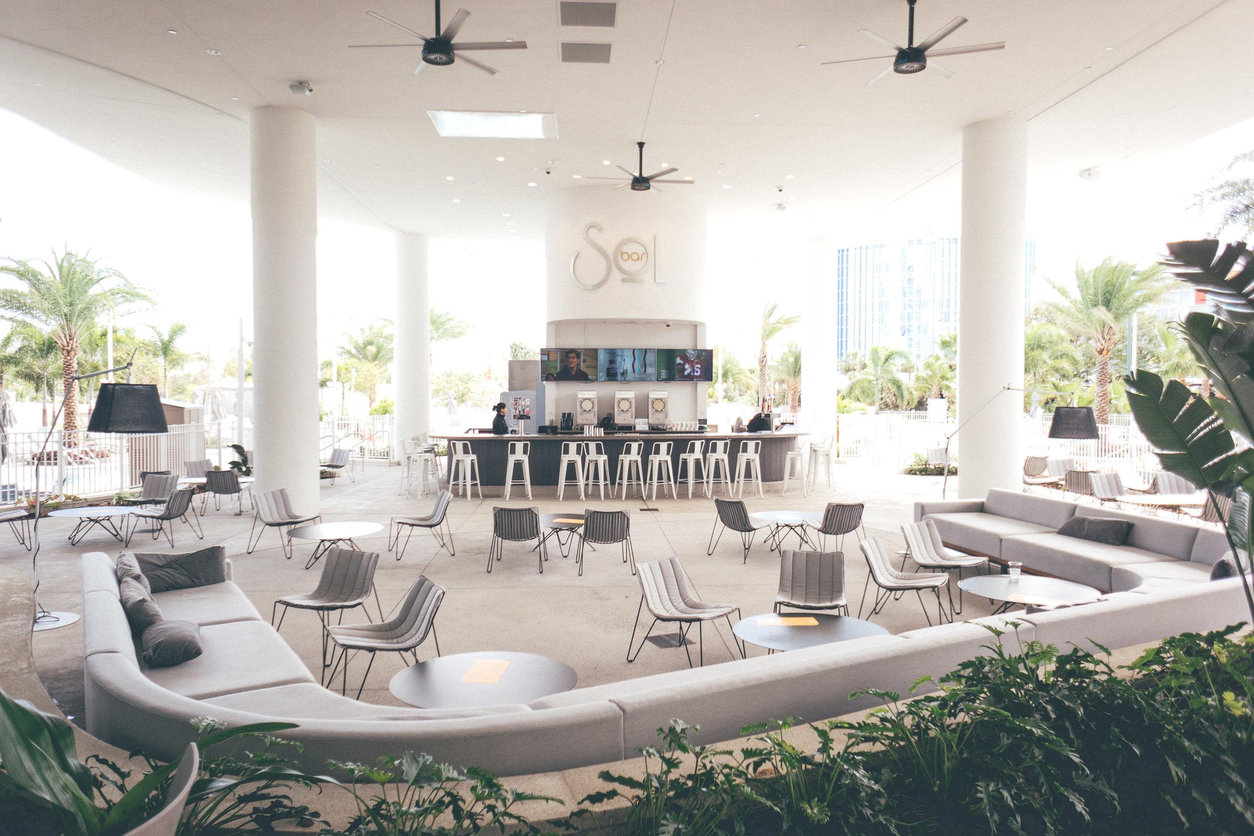 This Jenn Girl - Tampa Travel Blogger - Universal's Aventura Hotel 8